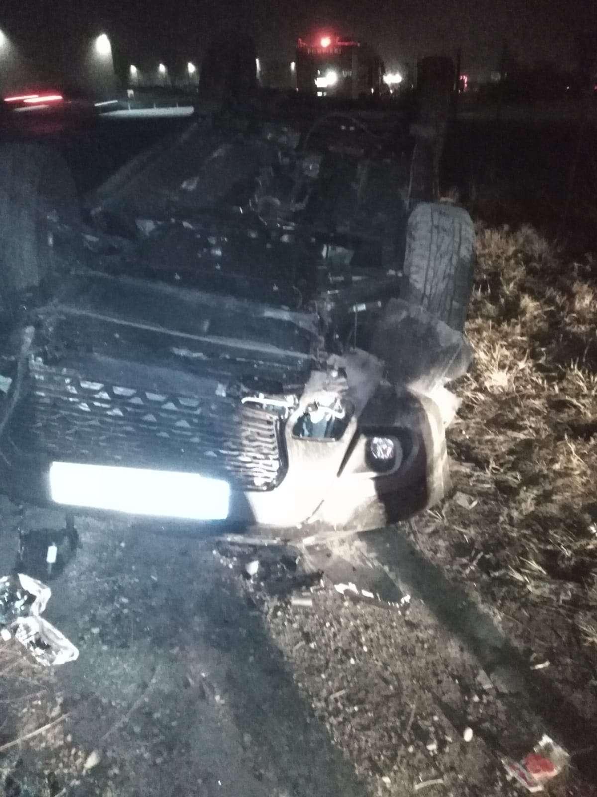Accident violent la Ciorogârla! O persoană a rămas încarcerată!