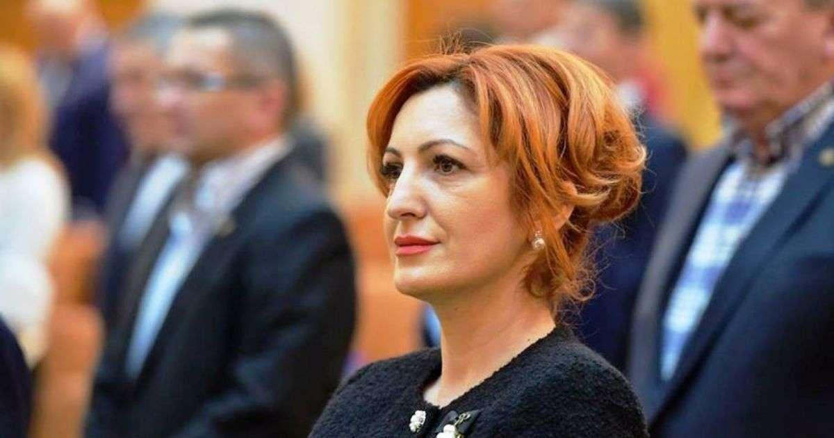 Deputat Oana Vlăducă: Senatul a adoptat ieri proiectul privind suspendarea rambursării creditelor