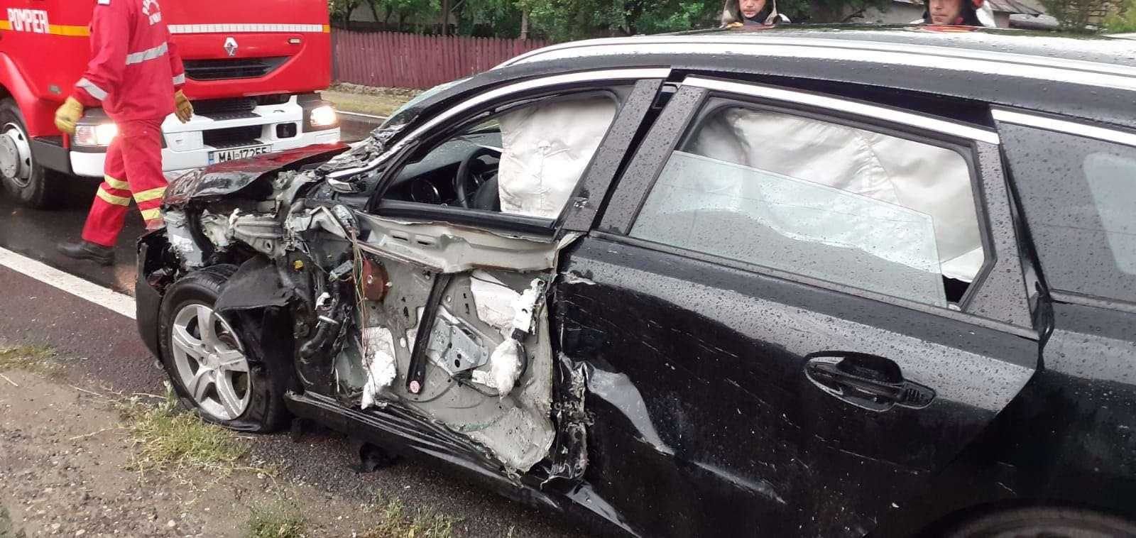 Accident rutier pe DN1D în localitatea Bărbulești