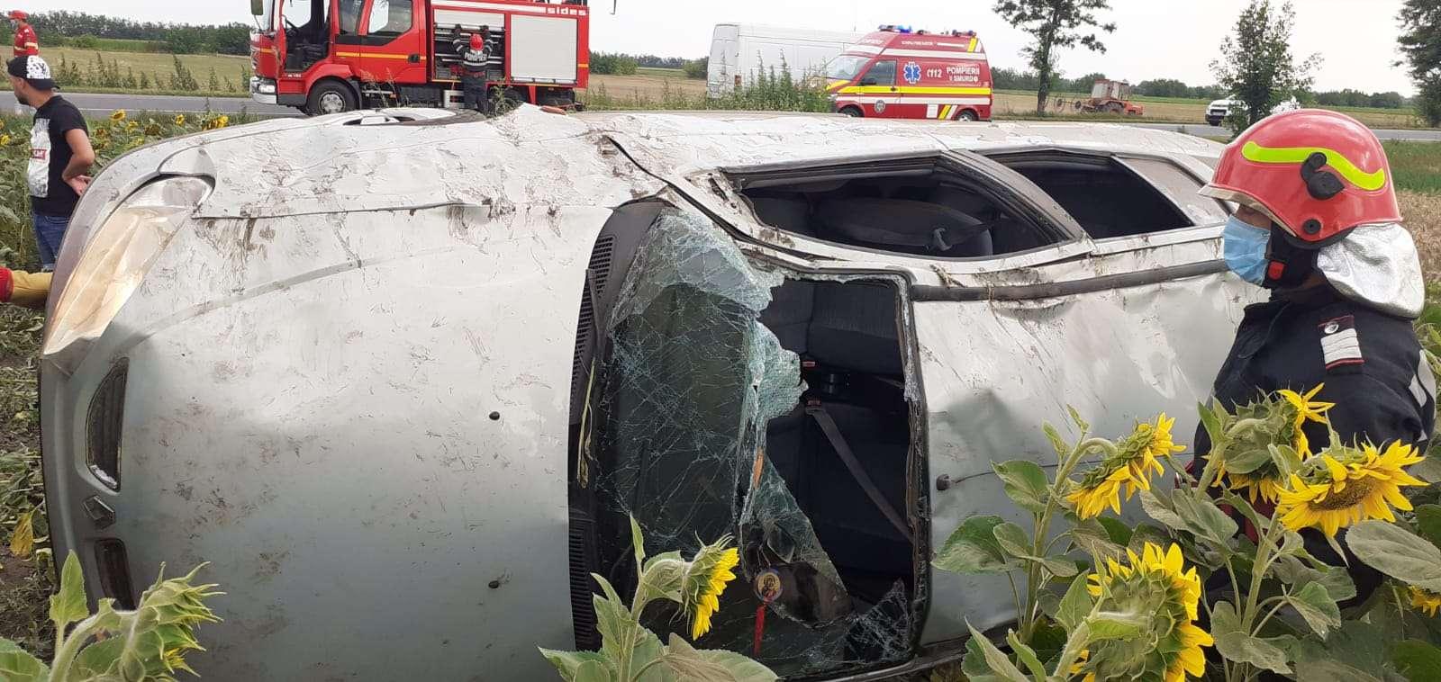 Accident rutier pe Drumul Național 2! Două persoane au ajuns la spital!