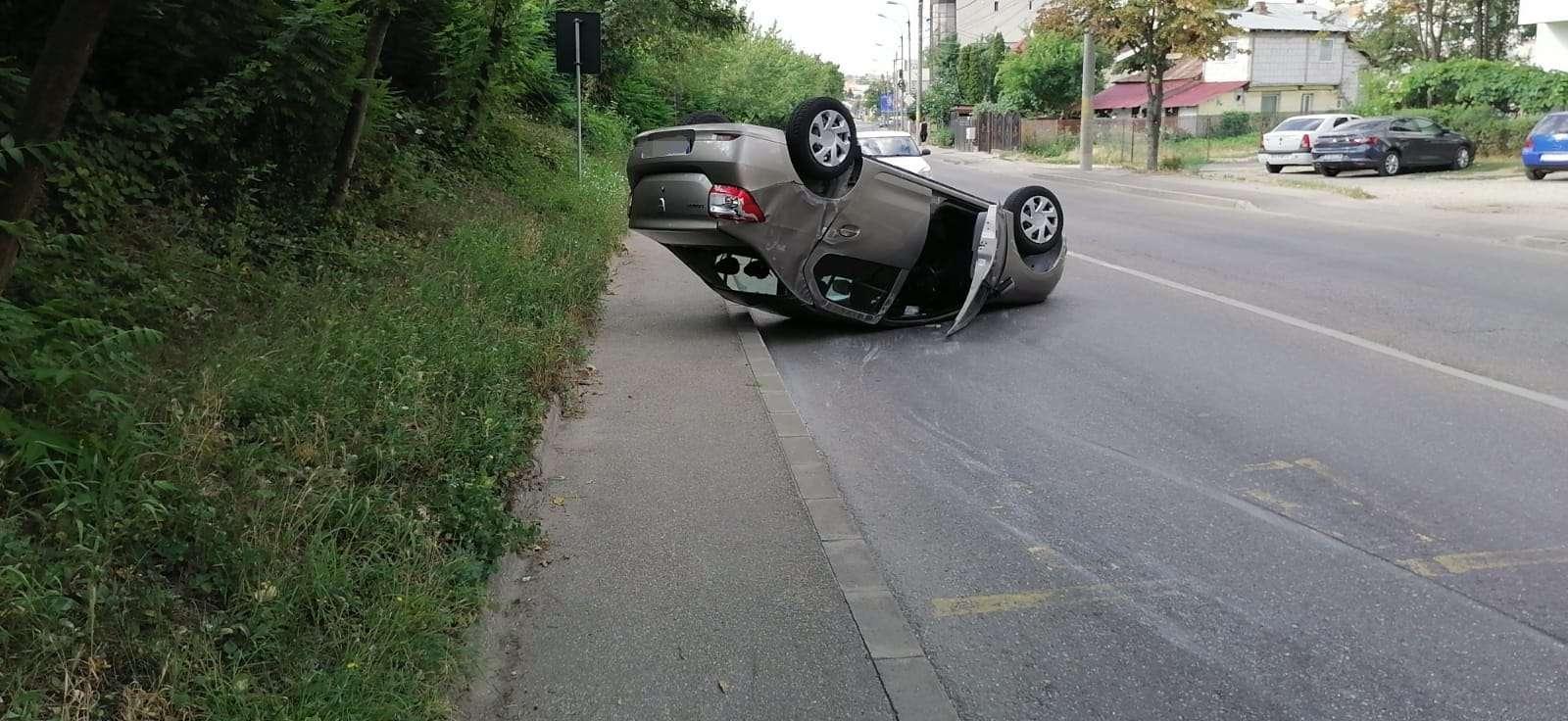 Accident spectaculos în Pitești! O persoană a avut nevoie de îngrijiri medicale!