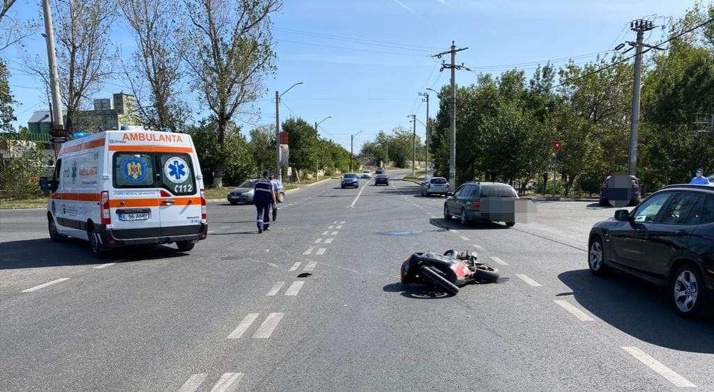 Accident violent pe Drumul Național 2A! Două persoane au fost rănite!