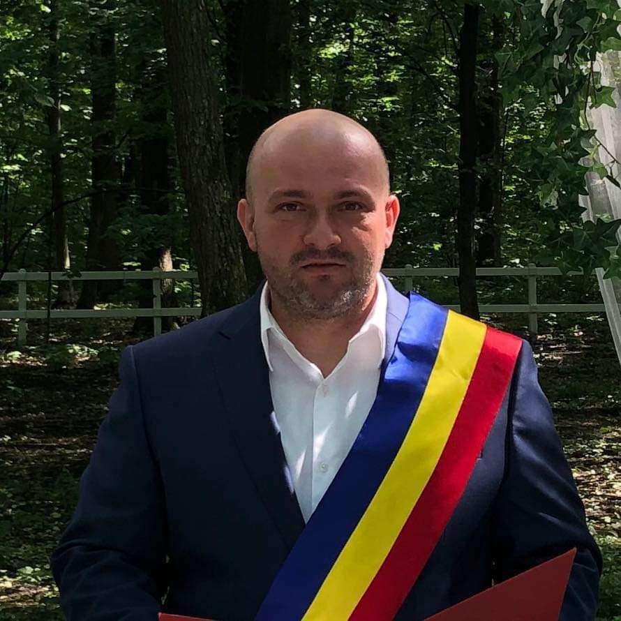 Gabriel Dragnea continuă la primăria comunei Butimanu