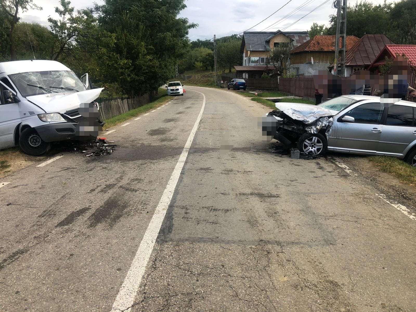 Accident pe Drumul Național 73D! Trei persoane au fost rănite!