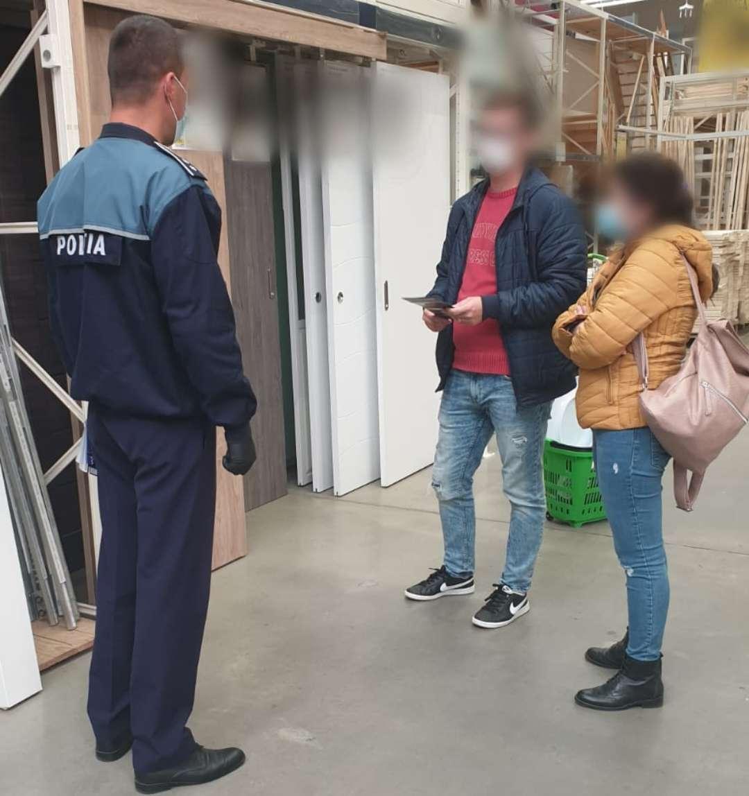 Activitate de informare cu privire la prevenirea furturilor din locuinţe