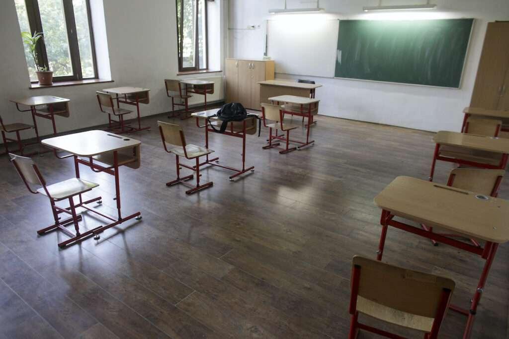 Scenariul 3 pentru toate unitățile de învățământ din câteva localități din județul Dâmbovița