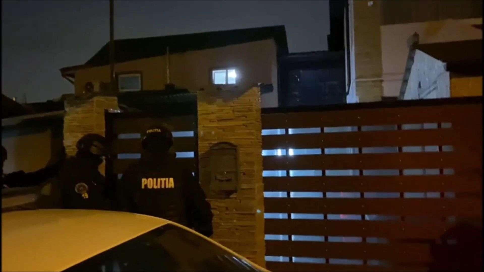 Percheziții de amploare în București și Ilfov! 15 persoane sunt conduse la audieri!