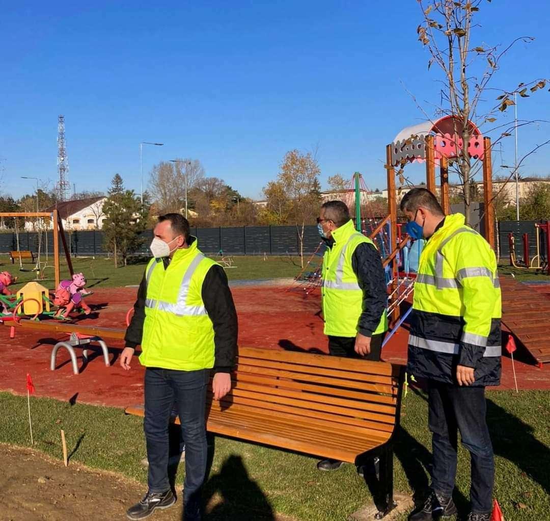 TÂRGOVIȘTE: Noul parc de la UM Gară prinde contur!