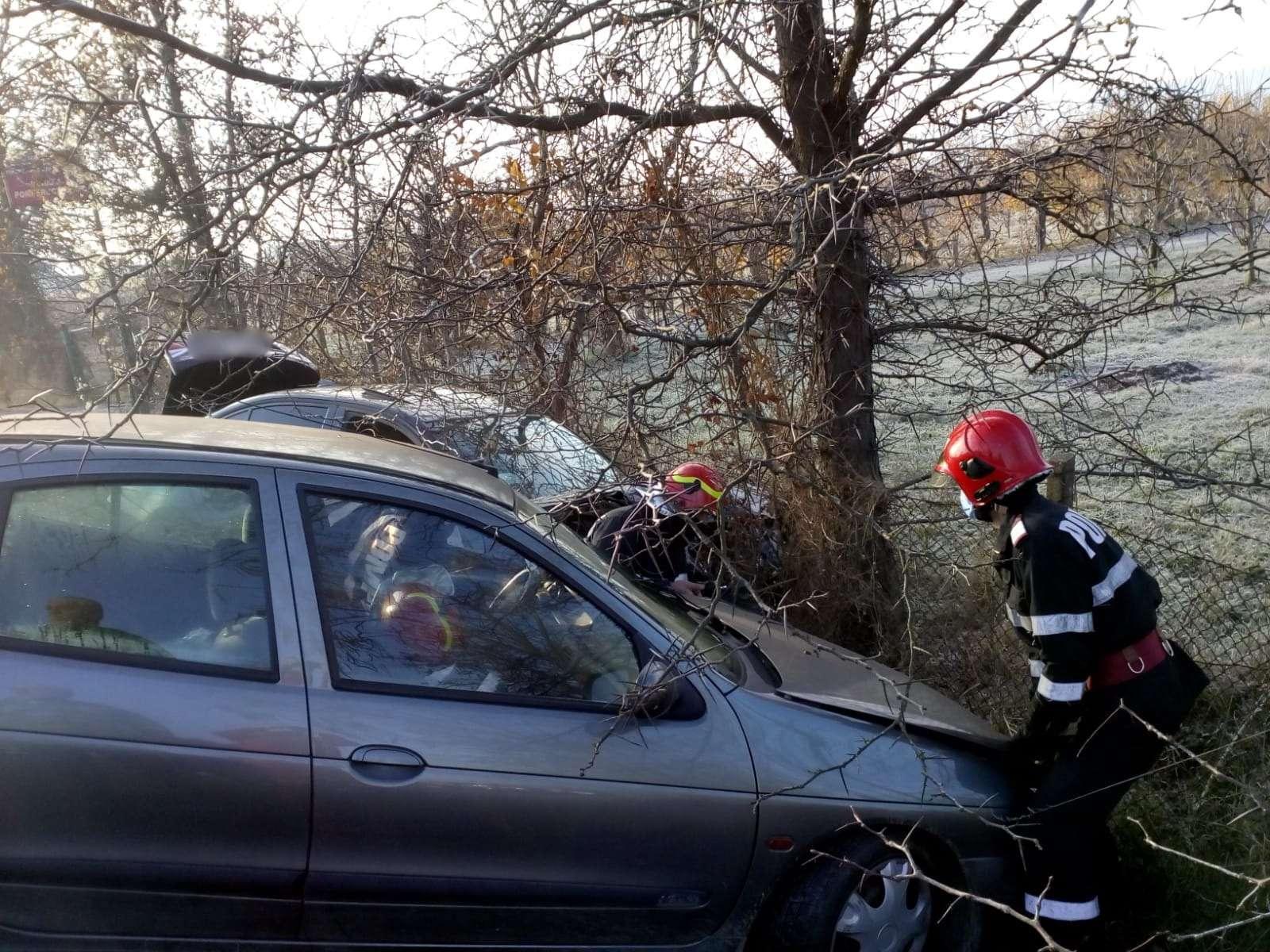 Accident violent la VOINEȘTI! O persoană a ajuns la spital!