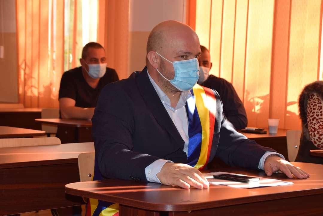 Gabriel Dragnea, primarul comunei Butimanu, mesaj de Ziua Națională a României!