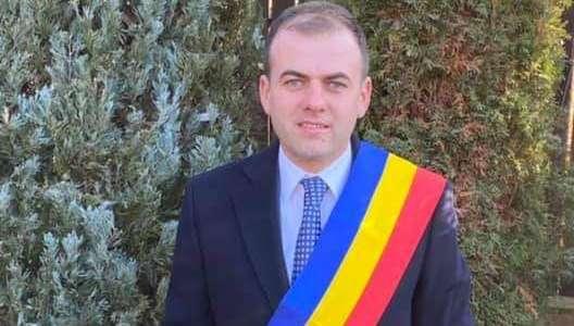 Emanuel SPĂTARU, primar Răzvad: Să ne aducem aminte negreșit de cei care s-au jertfit pentru integritatea şi libertatea poporului şi a României!