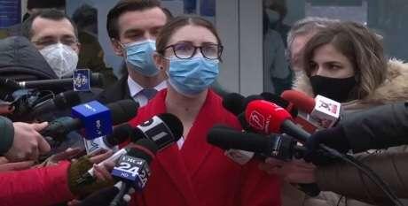 Mihaela Anghel, primul român vaccinat împotriva COVID-19: Românii să deschidă bine ochii. Să nu mai aştepte!