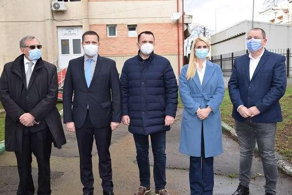 Dâmbovița: 400 de angajați ai Spitalului Județean de Urgență Târgoviște au fost deja vaccinați