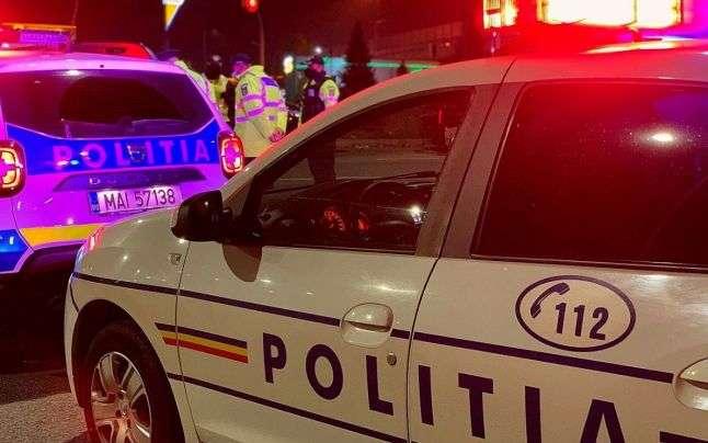 Tragedie în PRAHOVA! Un bărbat a fost călcat cu mașina în timp ce se afla pe caldarâm, lângă bicicletă!