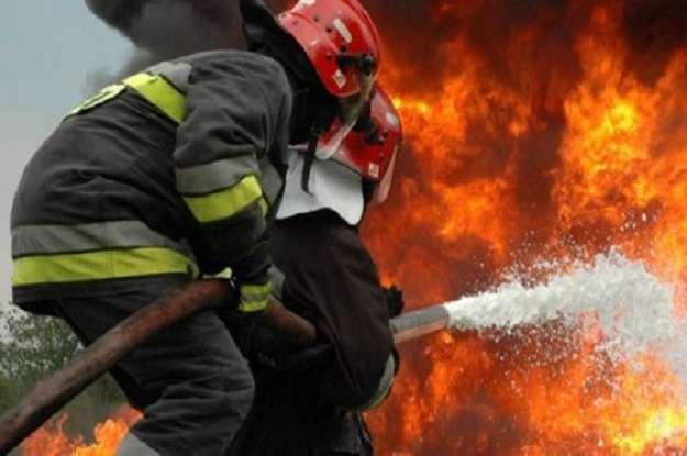 GIURGIU: Incendiu la o anexă a Catedralei Adormirea Maicii Domnului