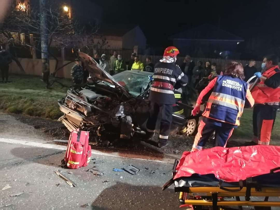 Accident violent la Bâldana între un TIR și un autoturism