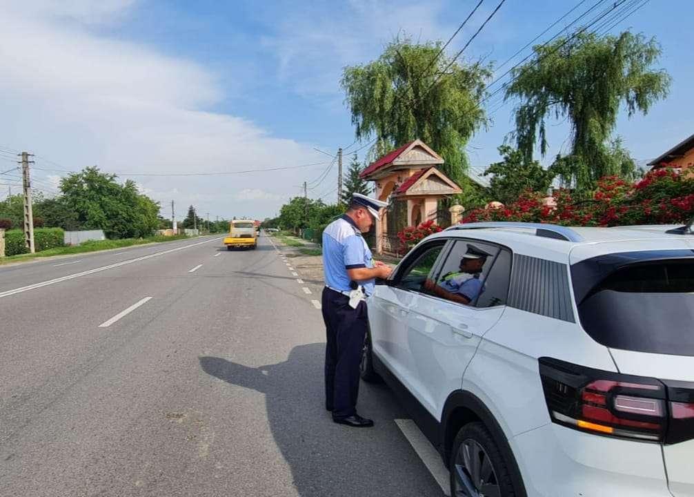Acțiune de amploare în Prahova! Zeci de persoane și autovehicule au fost verificate!